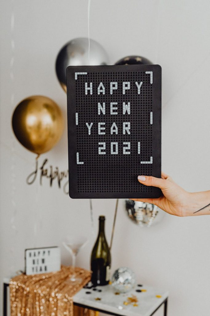 sign saying happy new year 2021